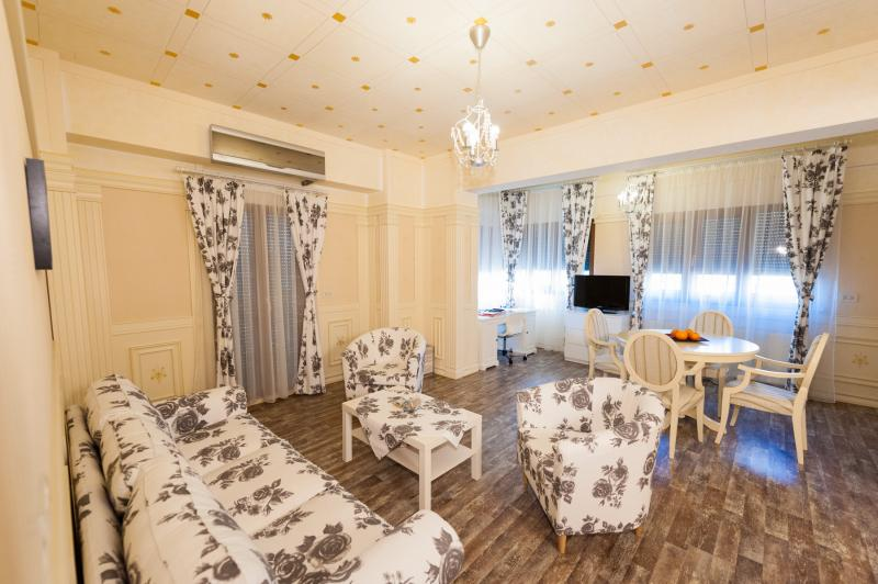 Luxury Apartment Rental Bucharest 3 Rooms For Rent Price Very Modern Furniture